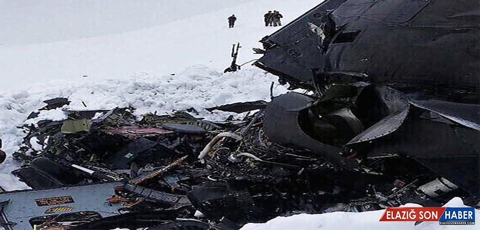 Düşen Helikopterin Enkazı Kaldırılıyor