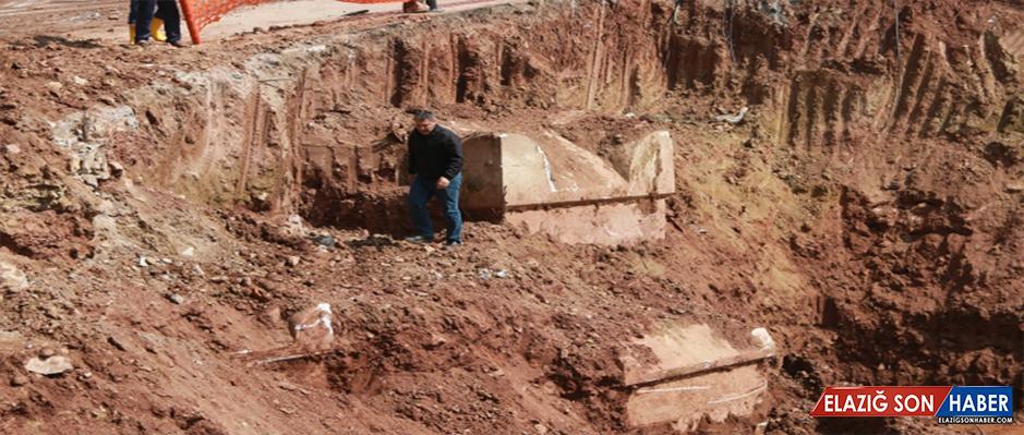 Kocaeli'de lahit mezar bulundu