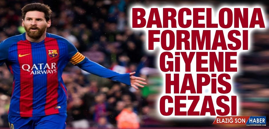 BAE'de Barcelona Forması Giyene Hapis Cezası