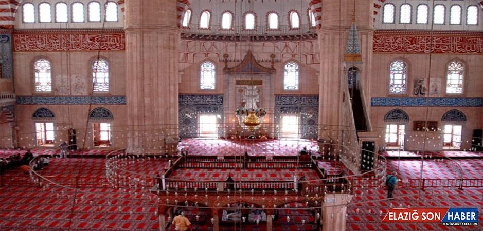 Enderun Usulü Teravih Nedir Hangi Camilerde Kılınır