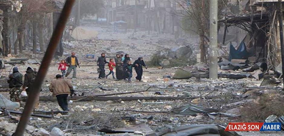 Esed, napalm bombalarıyla saldırıyor
