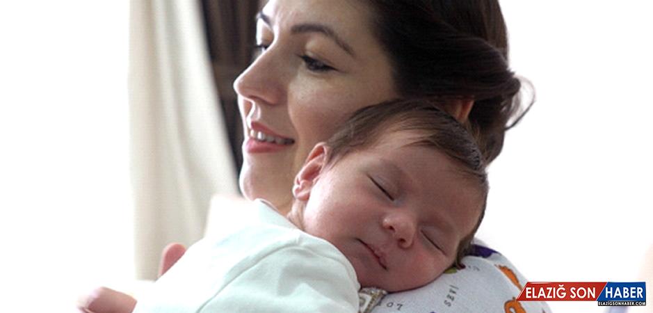 Yeni Anneler Kaynana Değil Bebek Hemşiresi İstiyor