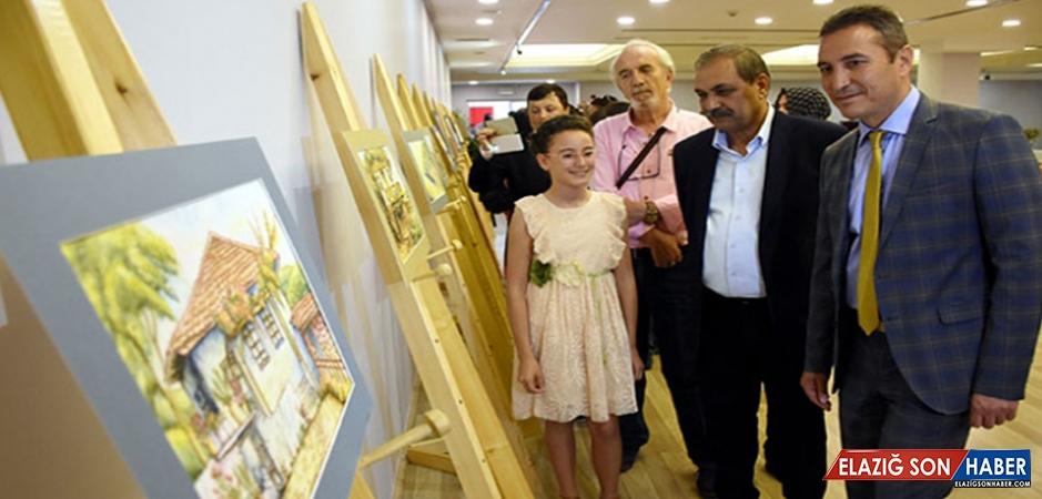 11 Yaşındaki Rana Kuru Resim Sergisi Açtı