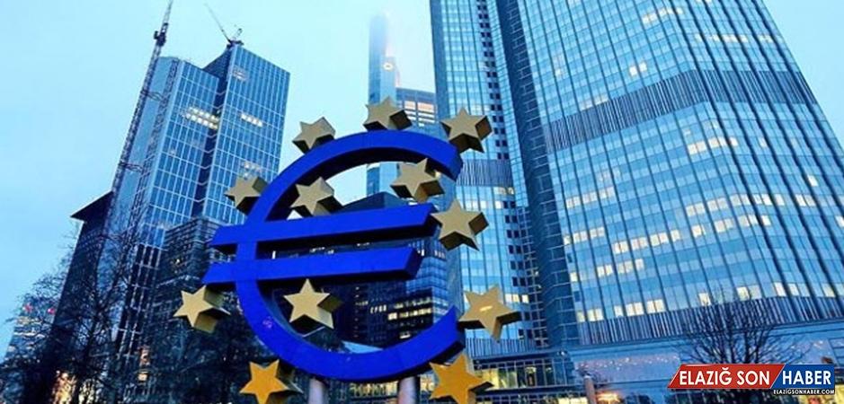 Euro Bölgesi'nde Ekonomik Güven Kaybı Sürüyor