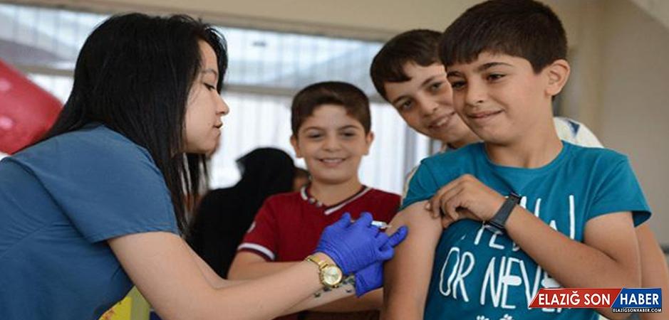 Başbakan Yardımcısı Akdağ'dan Aşı Uyarısı