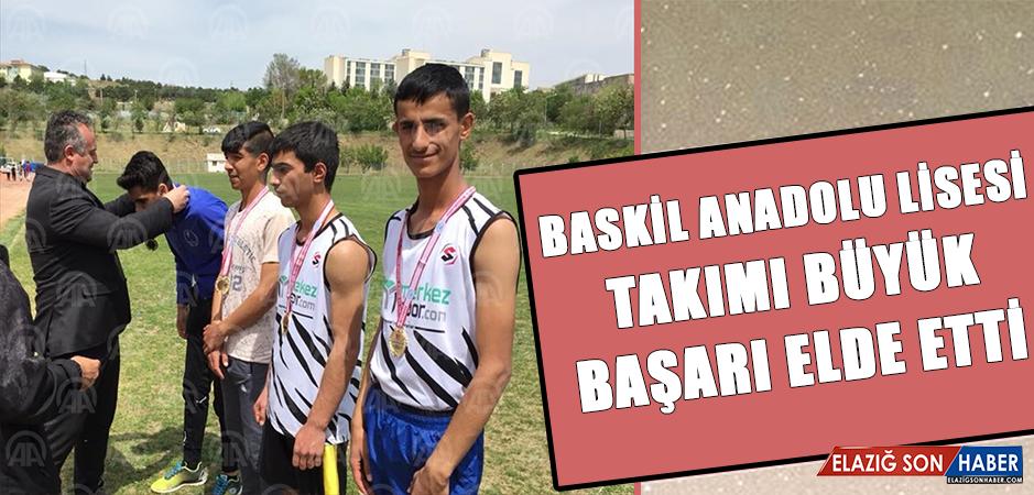 Baskil Anadolu Lisesinden Atletizm Yarışmalarında Büyük Başarı