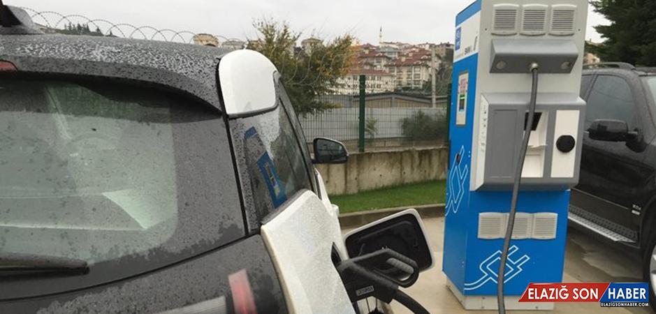 Benzin İstasyonlarına Elektrik Şarj Üniteleri Geliyor