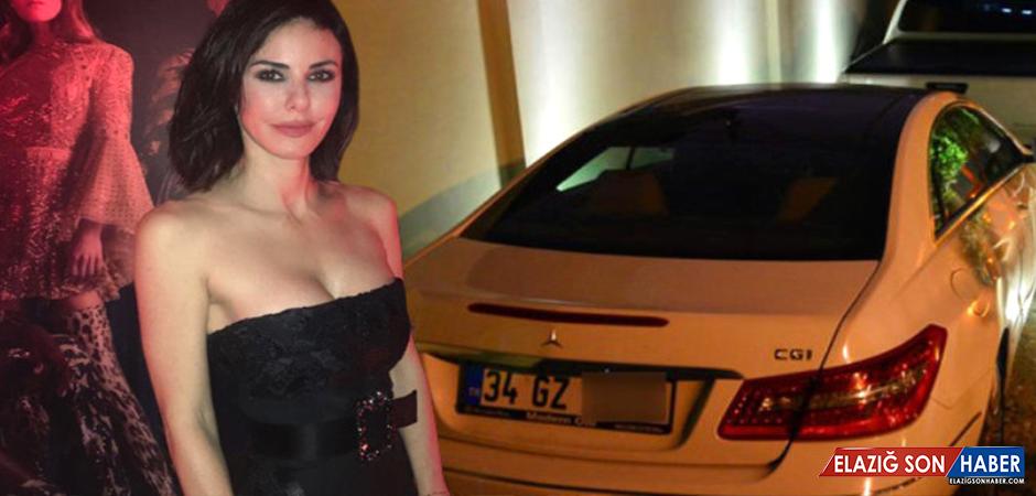 Defne Samyeli, Evinde Sabahladığı Cem Yılmaz'la Yakalandı