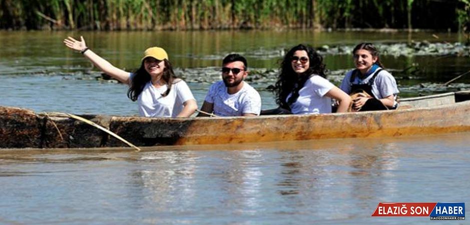 Eber Gölü Doğa Tutkunlarını Misafir Ediyor