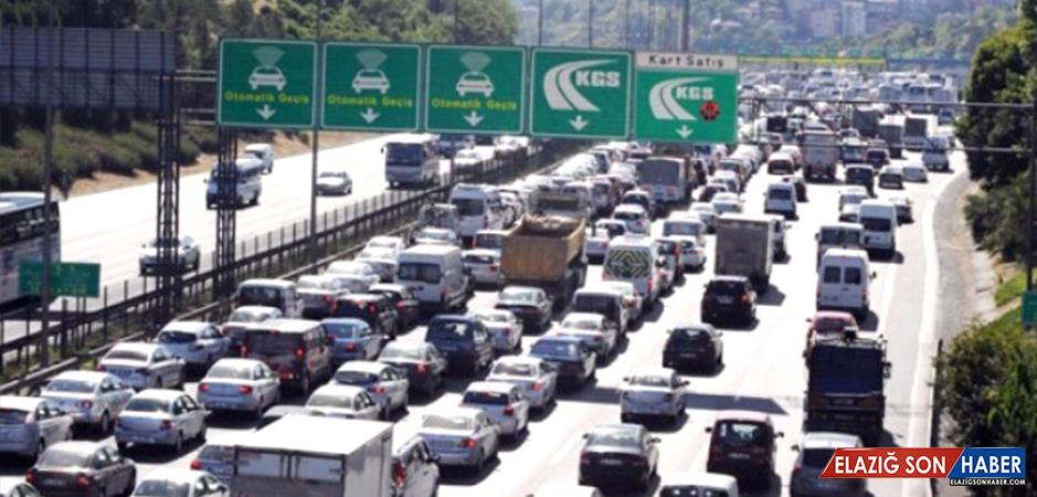 Kara Yollarındaki Geçiş İhlalini Yüzde 60 İndiren Düzenleme, Meclis'te Kabul Edildi