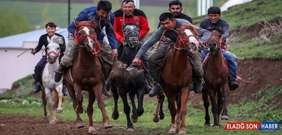 Kırgız Türkleri Ata Sporları 'Kökbörü'yü Van'da Yaşatıyor