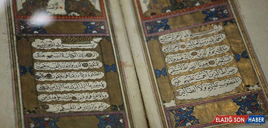 Kuran-ı Kerimi ipek sayfalara yazdı