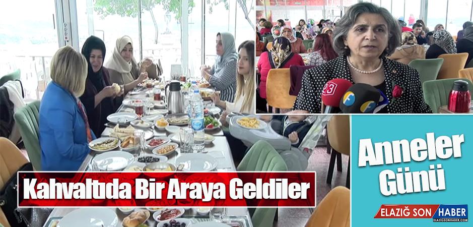 MHP Kadın Kolları Üyeleri, Kahvaltıda Bir Araya Geldi