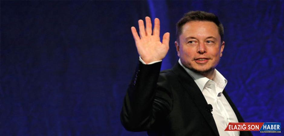 Musk, Şekerleme İşine Girdiğini Instagram'dan Fotoğraf Paylaşarak Duyurdu
