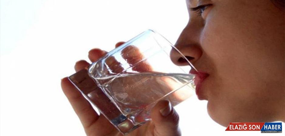Prof. Dr. Öztürk: Beyin Sağlığı İçin İftar Ve Sahurda Bol Sıvı Tüketilmeli