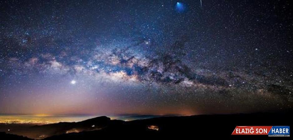 Sosise Benzer Cüce Galaksi Uzun Zaman Önce Samanyolu'na Çarpmış