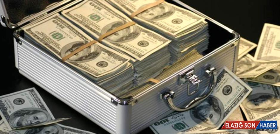 Maaş Diye Hesabına Yanlışlıkla 500 Bin Dolar Yatırıldı
