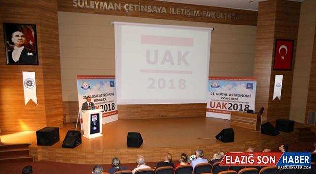 """""""21. Ulusal Astronomi Kongresi"""" Erciyes Üniversitesi'nde başladı"""