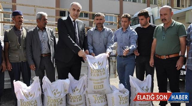 Erzurum'da çiftçilere 20 ton tritikale tohumu dağıtıldı