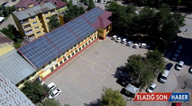 Güneş panelleriyle 4 yılda 240 bin lira kar sağladılar