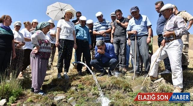 Köylerine 35 yıl sonra su geldi