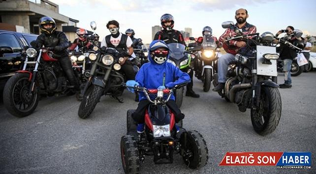 Motosiklet tutkunlarından lösemiyi yenen Yusuf Ege'ye sürpriz