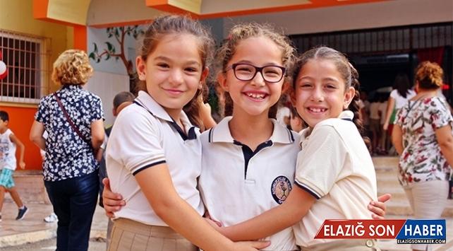 Prof. Dr. Ahmet Ataoğlu: Çocuklarınıza okulla ilgili güzel anılarınızı anlatın
