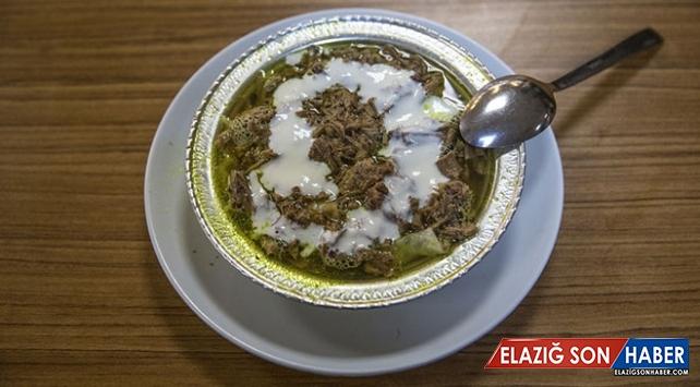 Şanlıurfa'da kahvaltı sofralarını asırlardır 'tirit' süslüyor