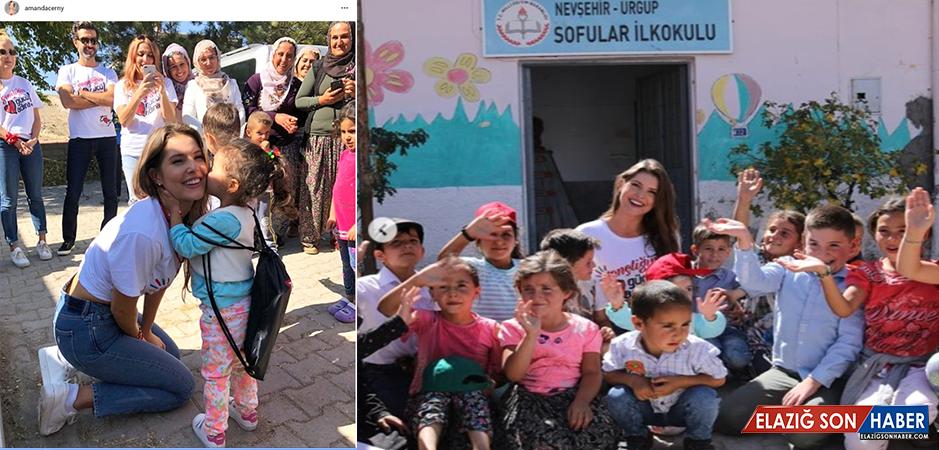 Türkiye'ye Gelen Amerikalı Yıldız Amanda Cerny, Nevşehir'de Köy Okuluna Boya Badana Yaptı