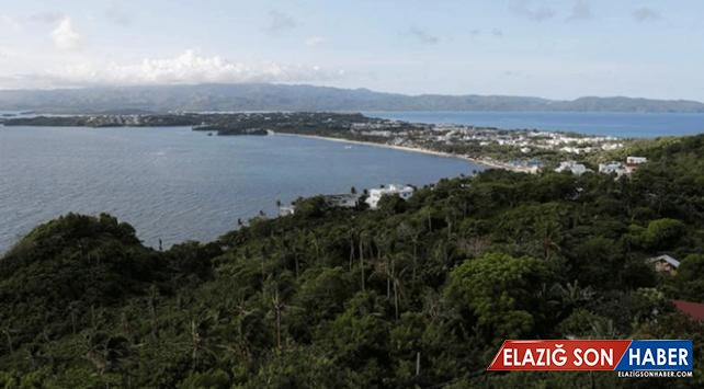 Filipinler Boracay Adası'nı yeniden turizme açtı