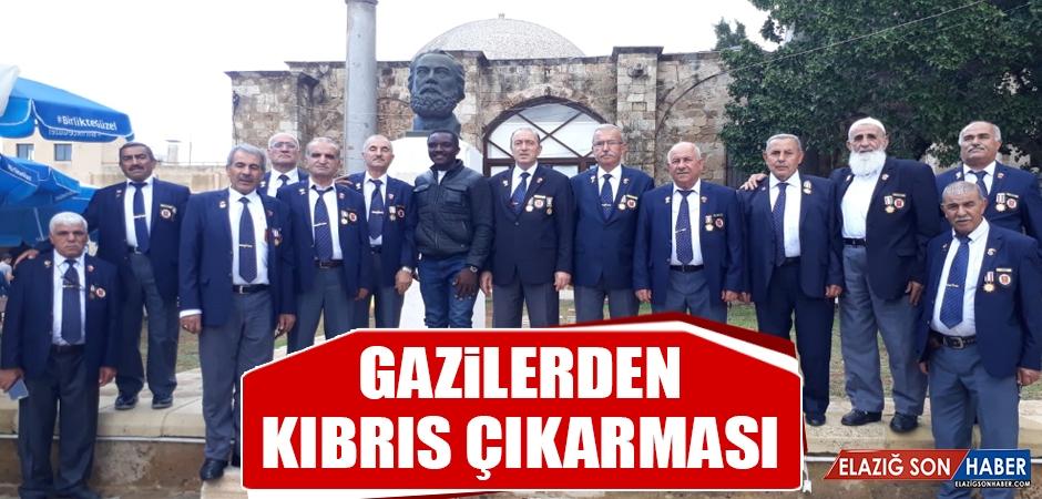 Gazilerden Kıbrıs Çıkarması