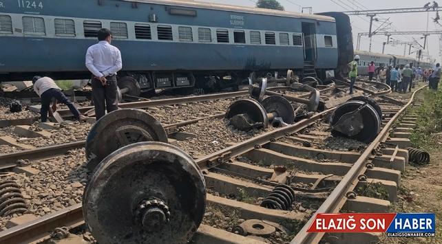 Hindistan'da Tren Raydan Çıktı: 5 ölü, 35 yaralı