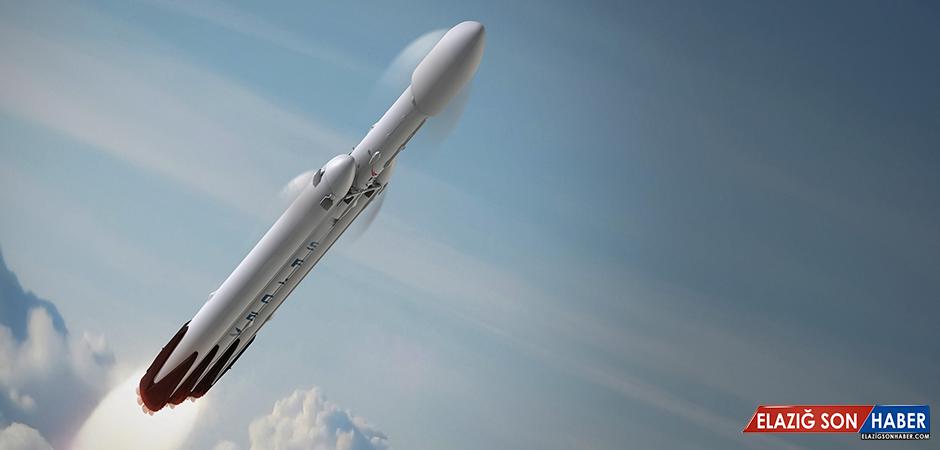 SpaceX, Dev Falcon Heavy Roketiyle İlk Defa Askeri Yük Taşıyacak