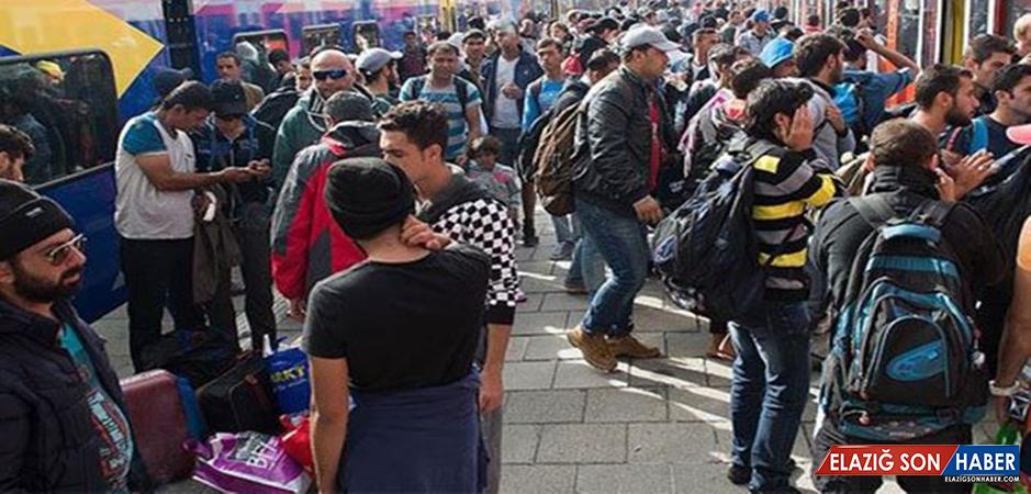 Darbe Girişimi Sonrası Yunanistan'a İltica Başvuru Sayısı 5 Bin 786'ya Çıktı