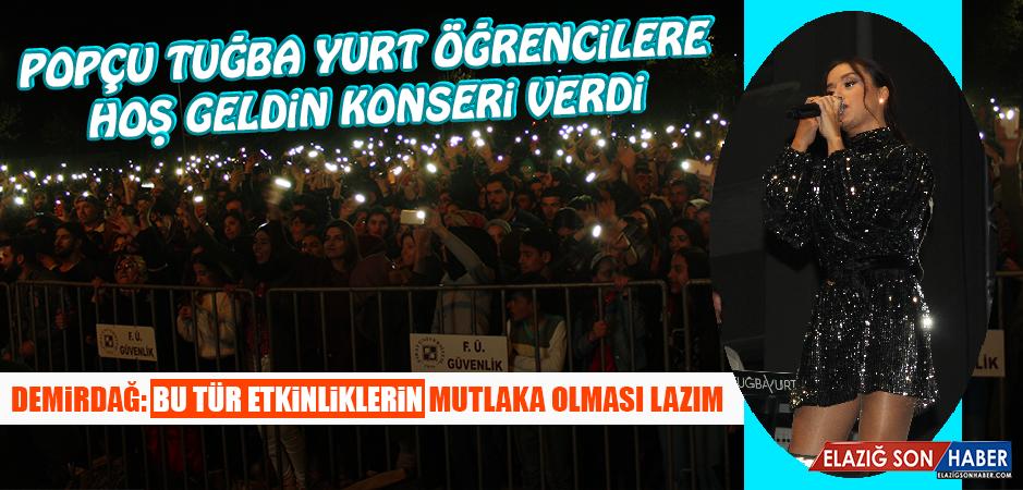 Popçu Tuğba Yurt Öğrencilere Hoş Geldin Konseri Verdi