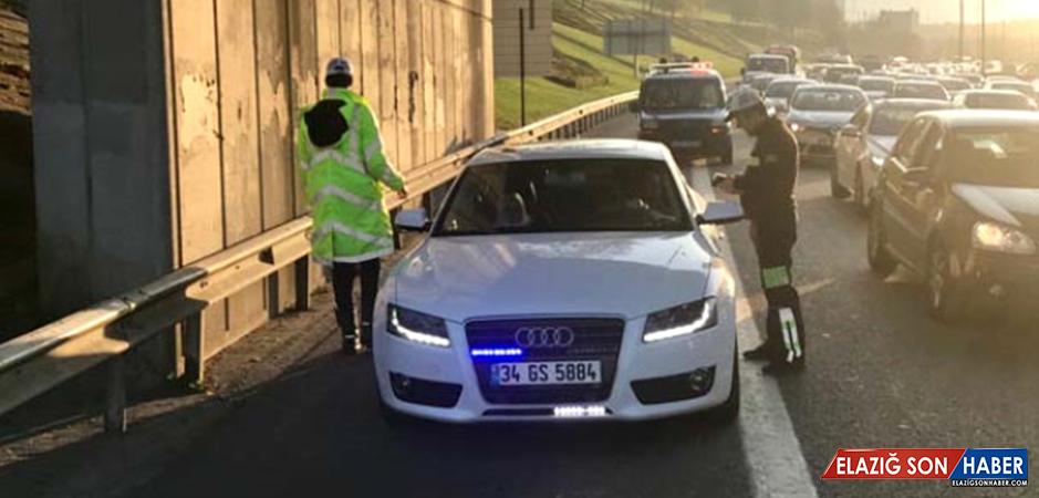 Trafikte Yeni Dönem! Emniyet Şeridini İhlal Eden Sürücülere Bin Lira Ceza Kesildi