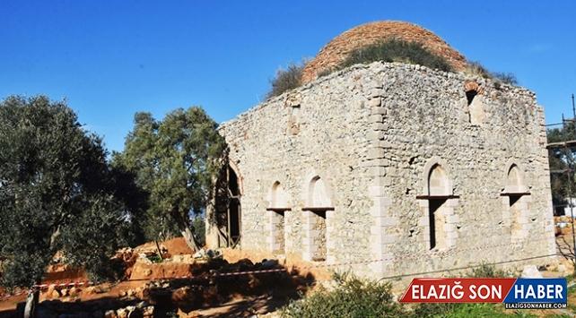 Beçin Antik Kenti'ndeki Yelli Camii 500 yıl sonra ibadete açılıyor