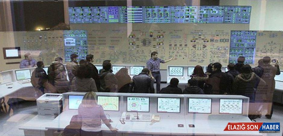 Nükleer eğitim için 32 öğrenci daha yurt dışı yolcusu