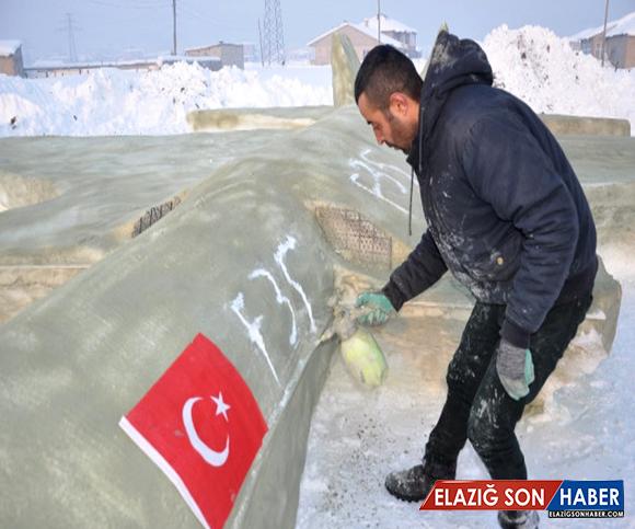 Yüksekova'da Çobanlık Yapan Genç, Kardan F-35 Savaş Uçağı Yaptı ve Bakan Soylu'ya Hediye Edip Bir İstekte Bulundu