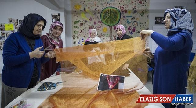 """Kültürel renkler """"Komşu Kadın Bohçası""""na işlendi"""