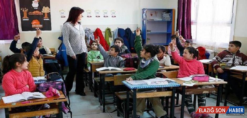 Öğretmenler İçin Yeni Eğitim Modeli Hayata Geçirilecek