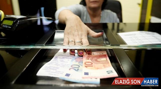 Yurt dışı şubesi açmak isteyen banka BDDK'dan izin alacak