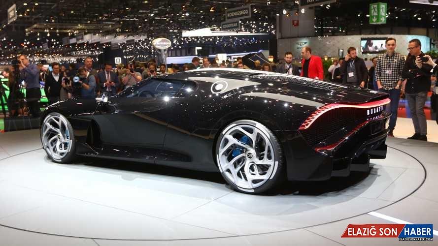 Dünyanın En Pahalı Otomobiline Bir de Hareket Halindeyken Bakın