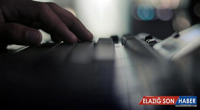 """""""Klavye teröristleri"""" siber polislerden kaçamadı"""