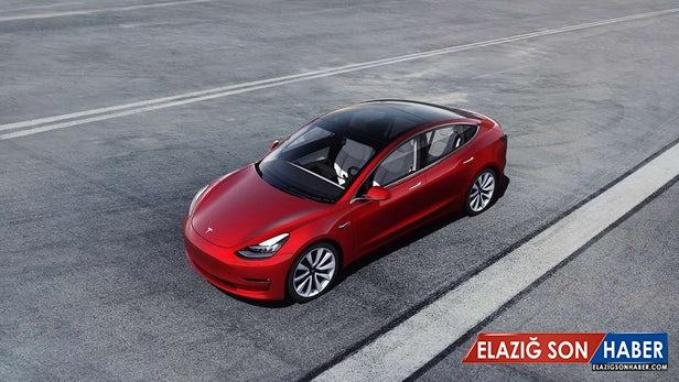 Tesla'da İşe Girecek Herkesin Musk'ın Onayından Geçmesi Gerektiği Ortaya Çıktı