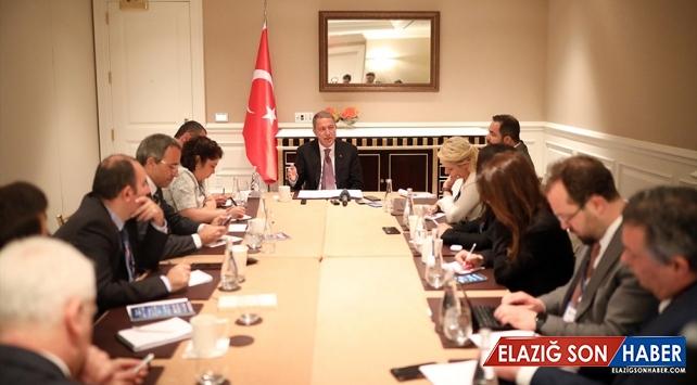 Bakan Akar: S-400'ün görevi İstanbul ve Ankara'nın savunması olacak