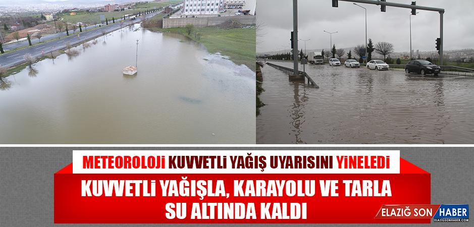 Kuvvetli Yağışla, Karayolu ve Tarla Su Altında Kaldı