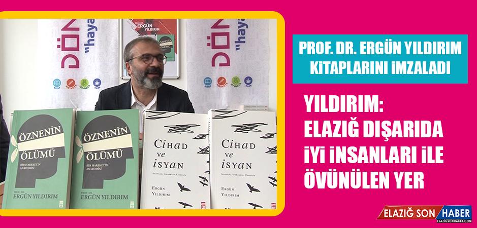 Prof. Dr. Ergün Yıldırım, Kitaplarını İmzaladı