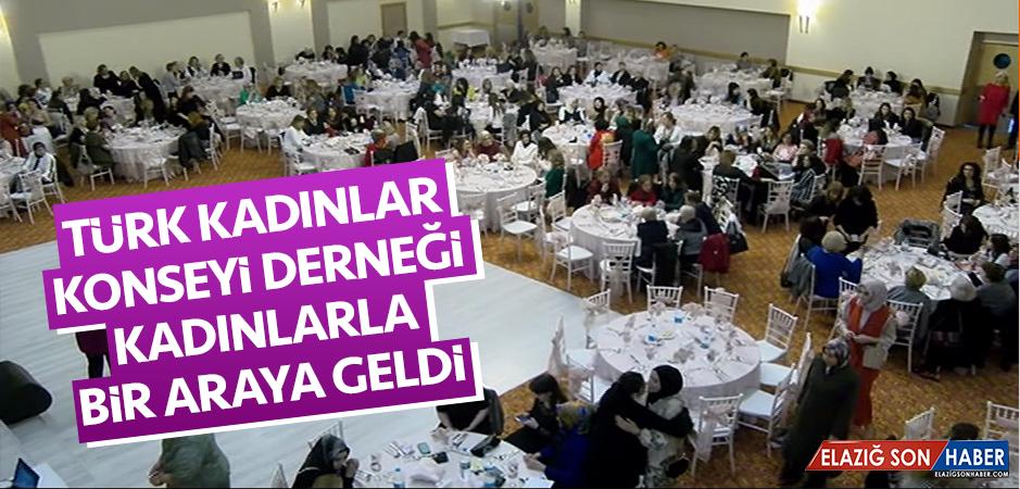 Türk Kadınlar Konseyi Derneği, Kadınlarla Bir Araya Geldi