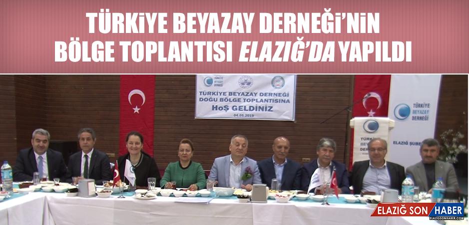 Türkiye Beyazay Derneği'nin Bölge Toplantısı Elazığ'da Yapıldı